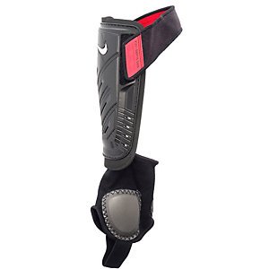Nike Schienbeinschoner schwarz/rot
