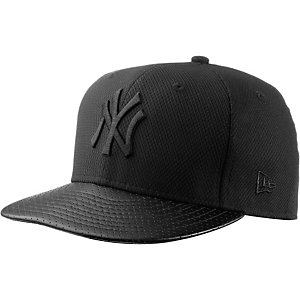 New Era Diamond Era perf NY Yankees Cap schwarz