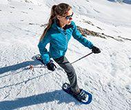 Ausrüstung zum Schneeschuhwandern