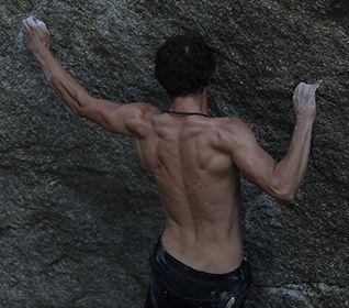 Bekleidung und Ausrüstung zum Bouldern für Herren